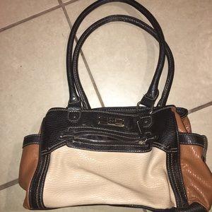 Cute purse many big pockets